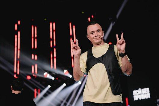 Илья Соболев станет ведущим нового музыкально-комедийного шоу ТНТ «Пой без правил»