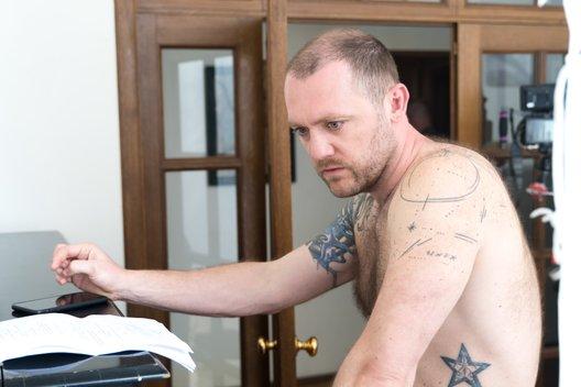 Денис Шведов: «Бывшие — это сериал, который попадает точно в тебя»