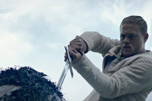 Фильм «Меч короля Артура»: Легенда со вкусом