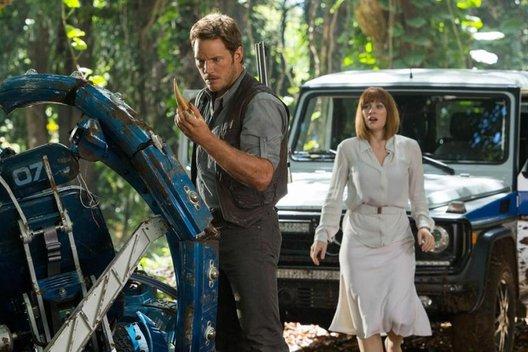 Фильм «Мир Юрского периода»: Динозавры возвращаются