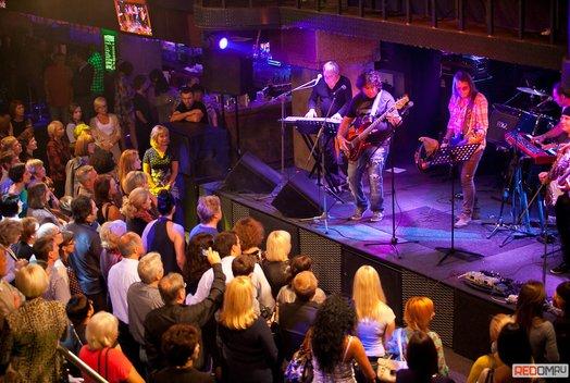 Концерт группы «Цветы» в баре LOFT