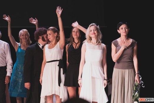 Закрытие сезона в Драматическом театре Пушкина: Взгляд из зала