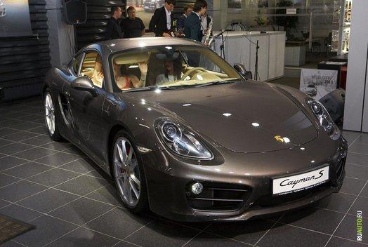 Презентация нового Porsche Cayman