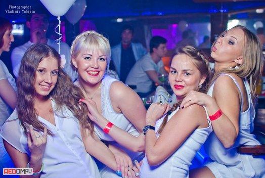26 мая в рестоклубе «Стерлинг»: White party
