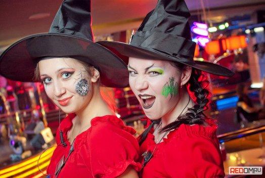 Хэллоуин в караоке-клубе «Play-Пой»