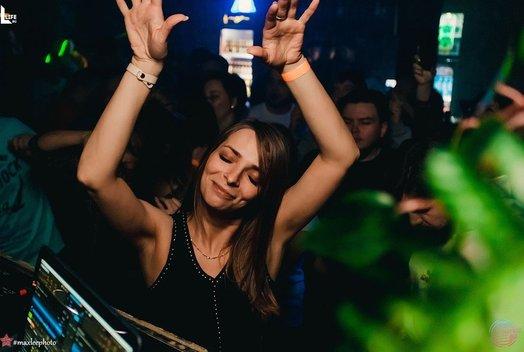 6 марта в клубе «Флэт»: DJ Fonarev