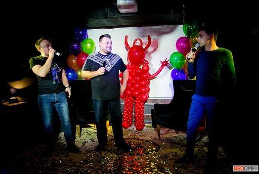 1 год «Руки Вверх бару»: Сергей Жуков дома