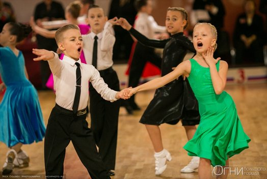 Турнир по спортивным танцам «Огни большого города 2017»