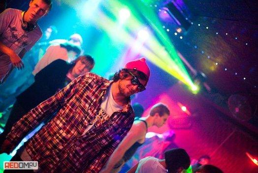 10 октября в ночном клубе «Эра»