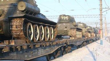 Через Красноярск проследовал эшелон Т-34